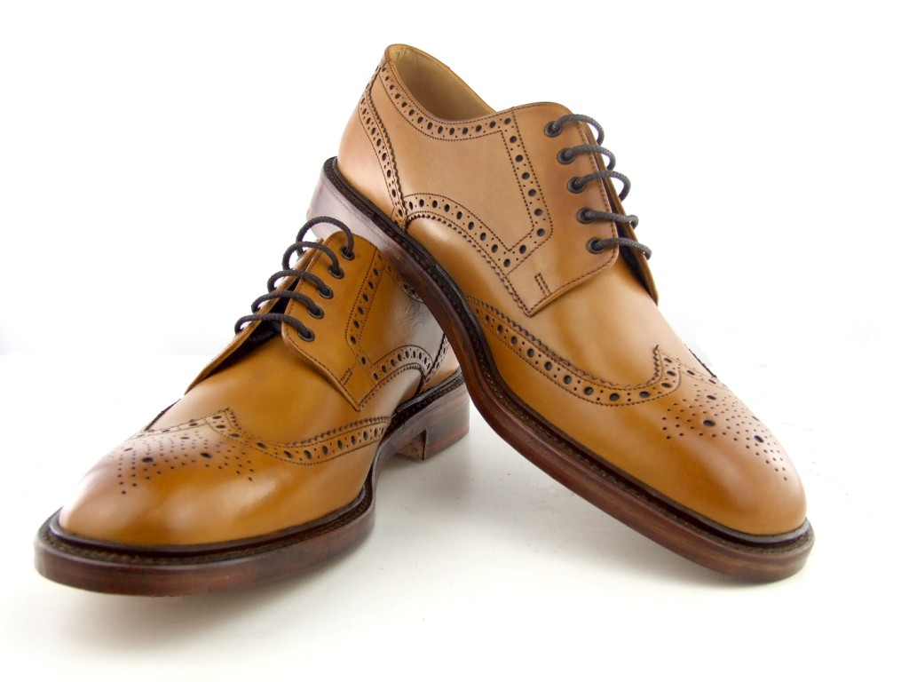 mod-shoe-loake-chesters-tan-brogues-02