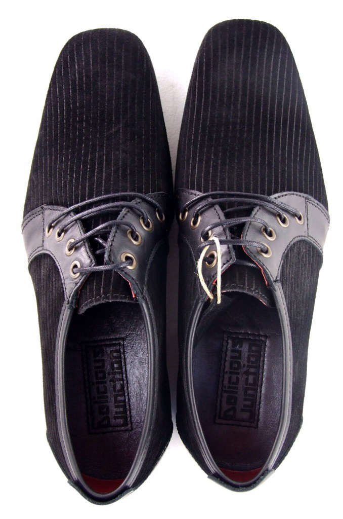 02-mod-shoes-black-cord-shoes-rawlings-02