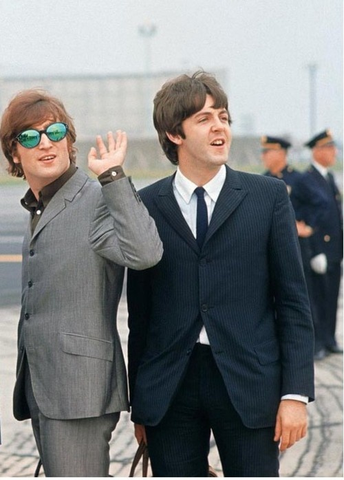 20 mod shoes john lennon in a nice suit