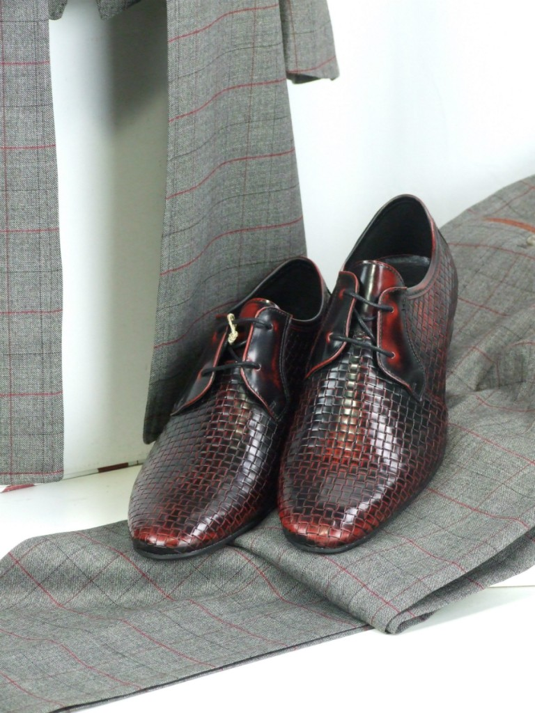 mod shoes weavers oxblood with gibson clothes 01