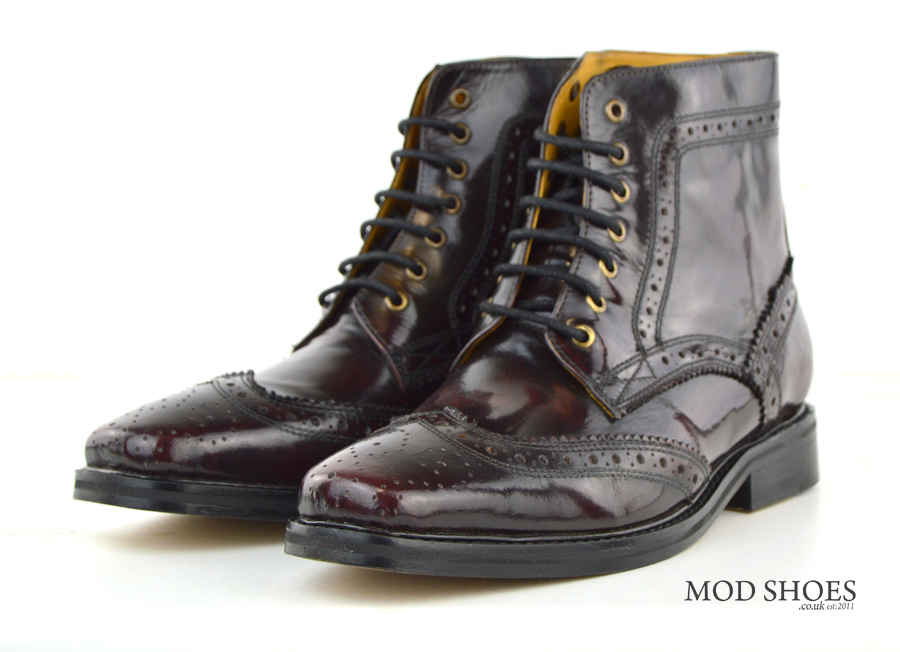 oxblood brogue boots landslides peaky blinders style