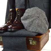 mod-shoes-peaky-blinders-suit-hat-with-oxblood-boots-landslides