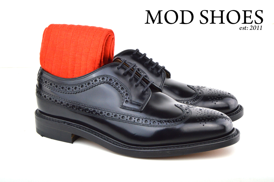 Mod Shoes Loake Royals with Red Socks