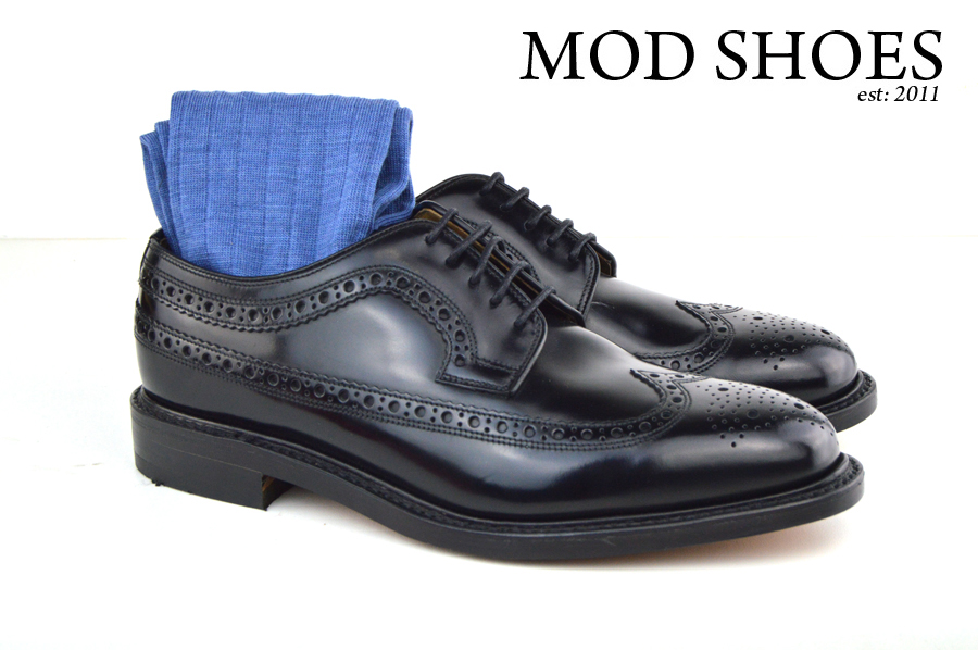 Mod Shoes Loake Royals with blue Socks