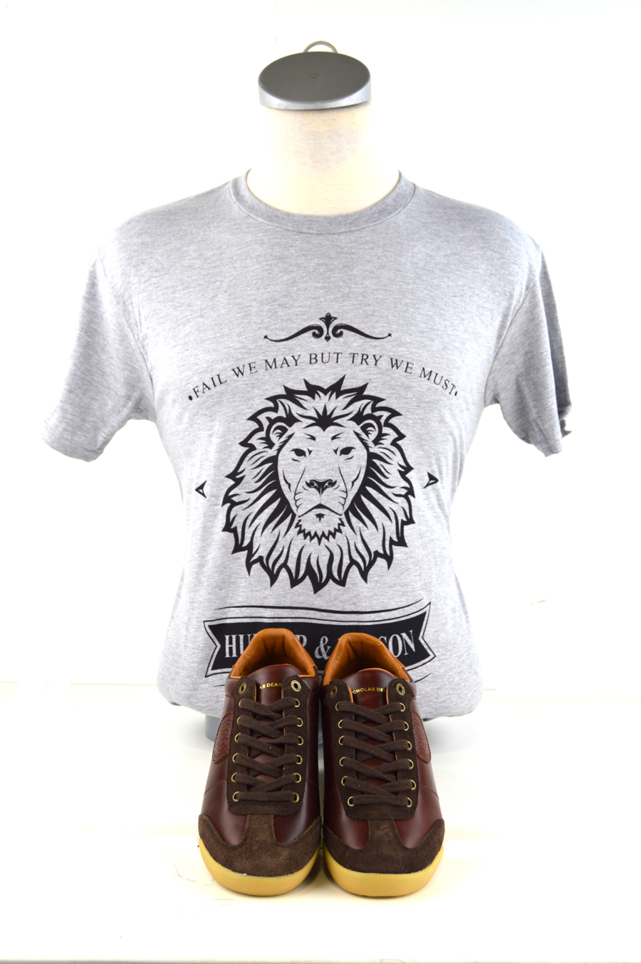 03 mod-shoes-retro-trainers-chestnut-colour-with-hunter-nelson-tshirt