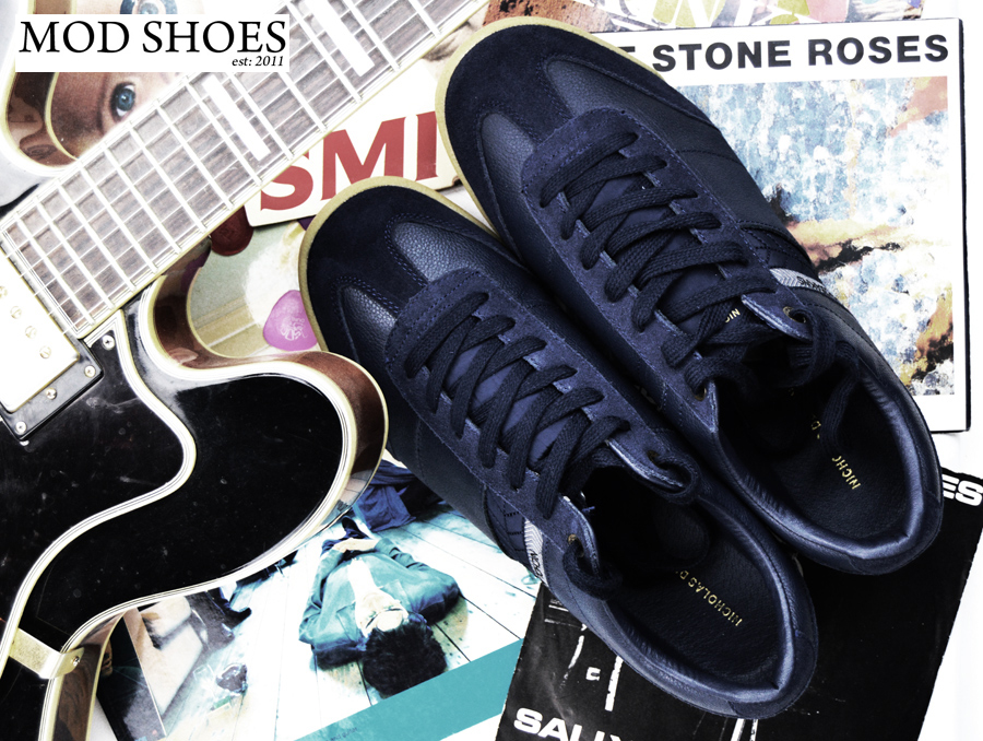 mod-shoes-madchester-britpop-trainers-blue-01