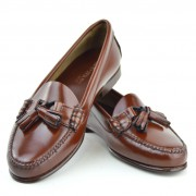 mod-shoes-ladies-tassel-loafers-chestnut-with-leather-soles—the-LaBelles-03