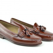 mod-shoes-ladies-tassel-loafers-chestnut-with-leather-soles—the-LaBelles-05
