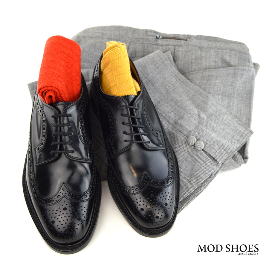 mod-shoes-loake-black-brogues-with-red-and-yellow-socks-prince-of-wales-trousers