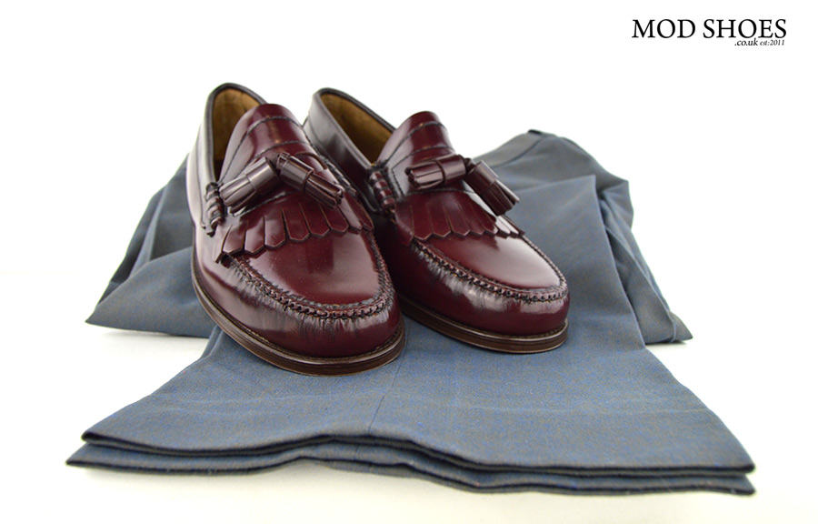 mod-shoes-oxblood-tassel-loafer-with-Two-tone-trousers