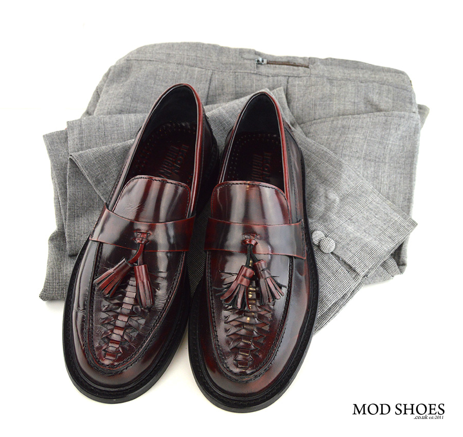 mod-shoes-oxblood-tassel-loafers-with-prince-of-wales-check-trousers