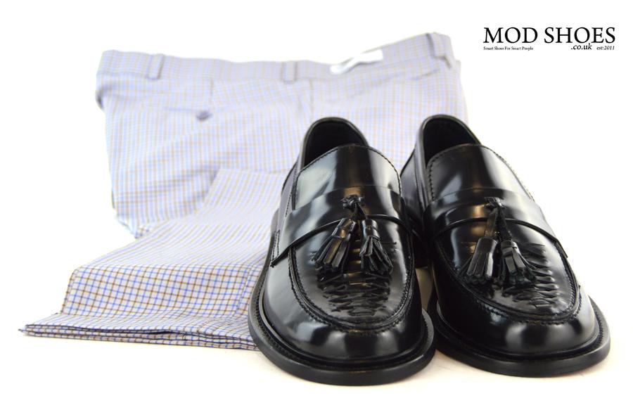 modshoes-black-weave-tassel-loafers