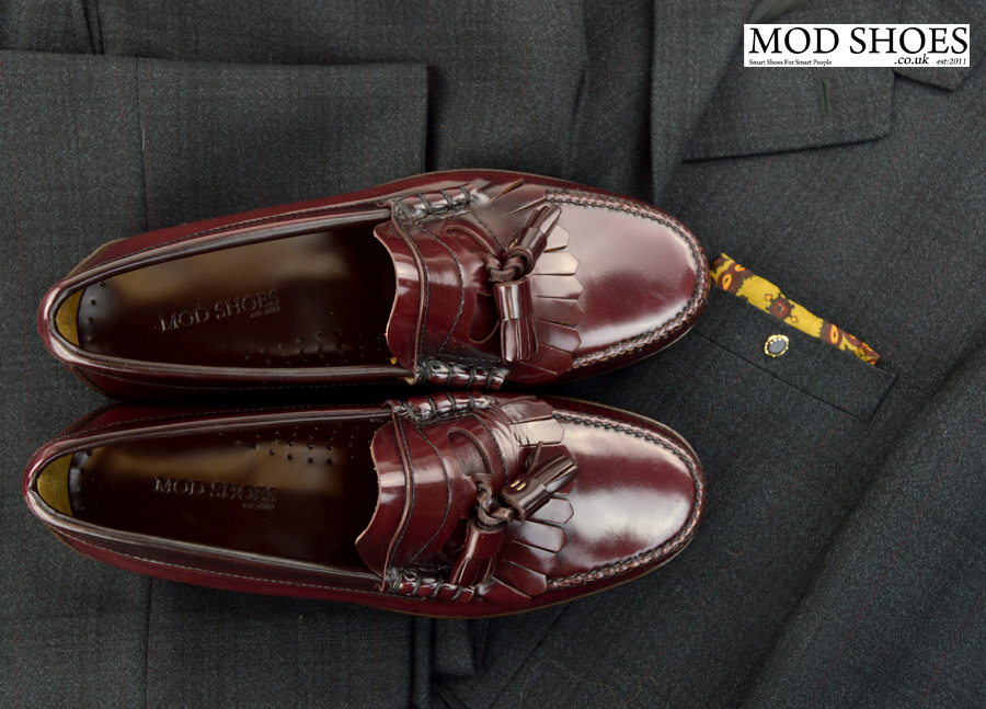 modshoes-oxblood-tassel-loafers-with-mod-suit