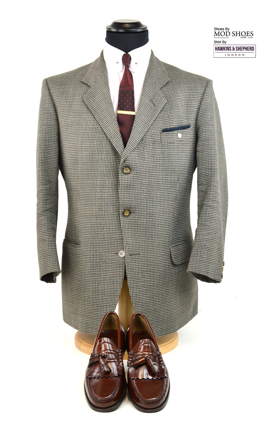 modshoes-tassel-loafers-the-dukes-in-chestnut-with-hawkins-pin-collar-shirt