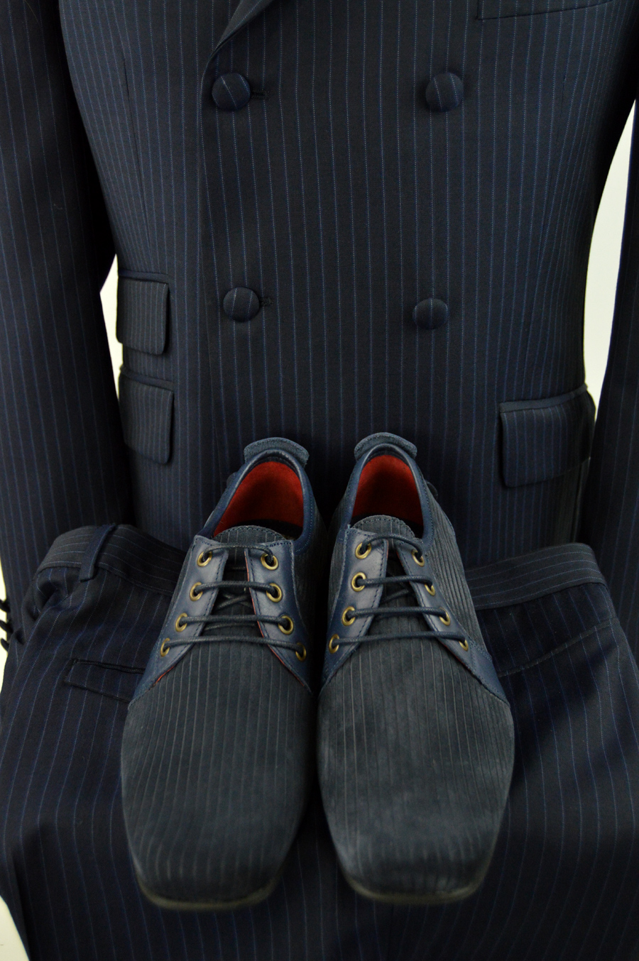 modshoes-suede-corded-shoes-rawlings-with-blue-striped-mod-suit-from-adaptor-clothing-02