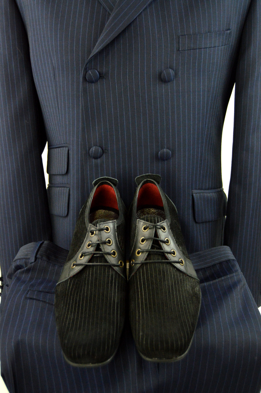 modshoes-suede-corded-shoes-rawlings-with-blue-striped-mod-suit-from-adaptor-clothing-03