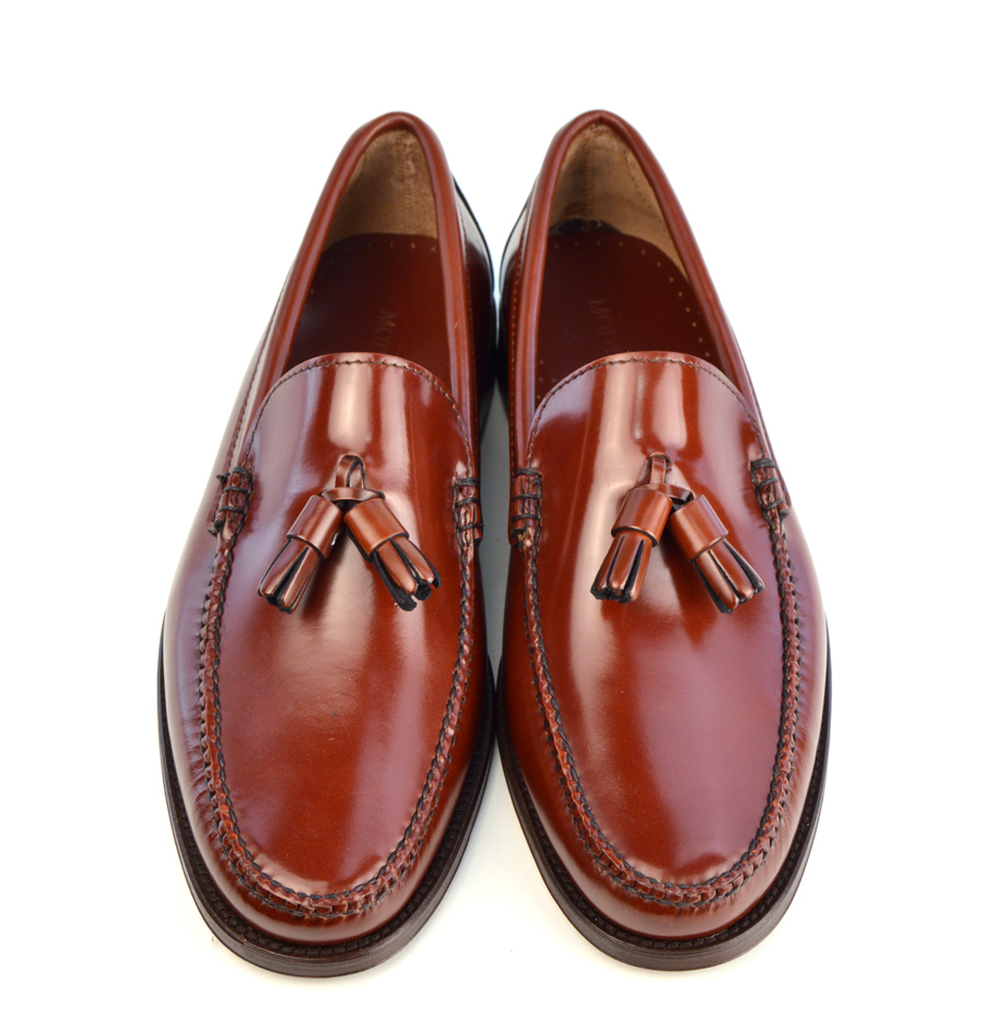 G.H. Bass & Co. Wendy Kiltie Tassel Loafer. These tassel-topped shoes feature a comfortable fit and sleek design that is a great choice for any casual occasion.