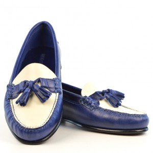 modshoes-blue-and-cream-ladies-tassel-loafers-the-labelles-02
