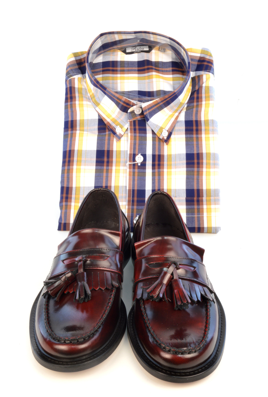 modshoes-oxblood-tassel-loafers-the-prince-with-check-shirt
