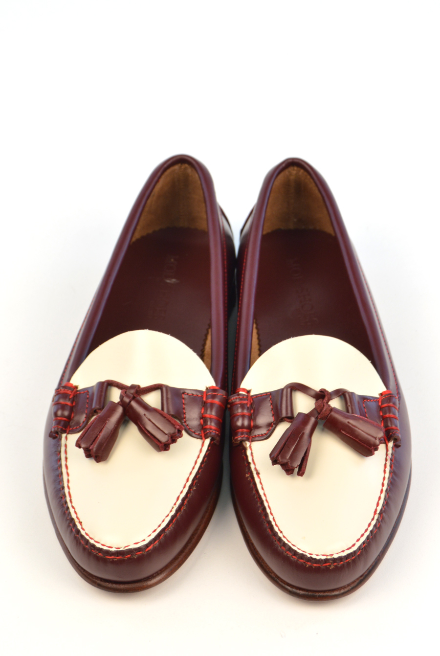 modshoes-red-and-cream-ladies-tassel-loafers-the-labelles-01