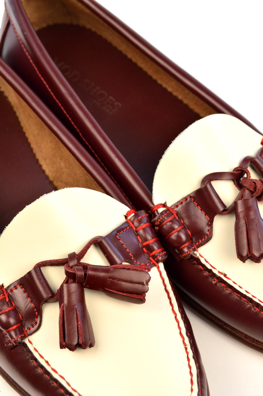 modshoes-red-and-cream-ladies-tassel-loafers-the-labelles-02