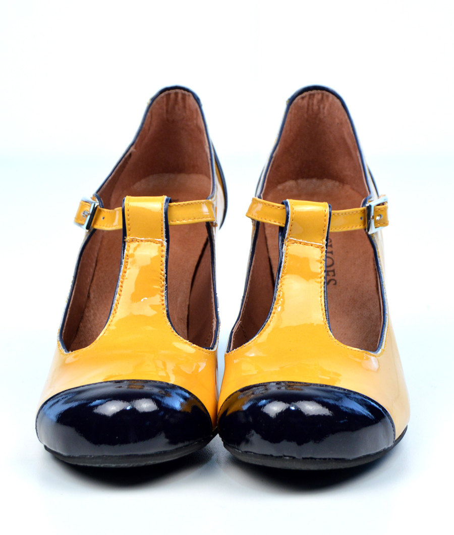 Vintage Yellow Shoes 101
