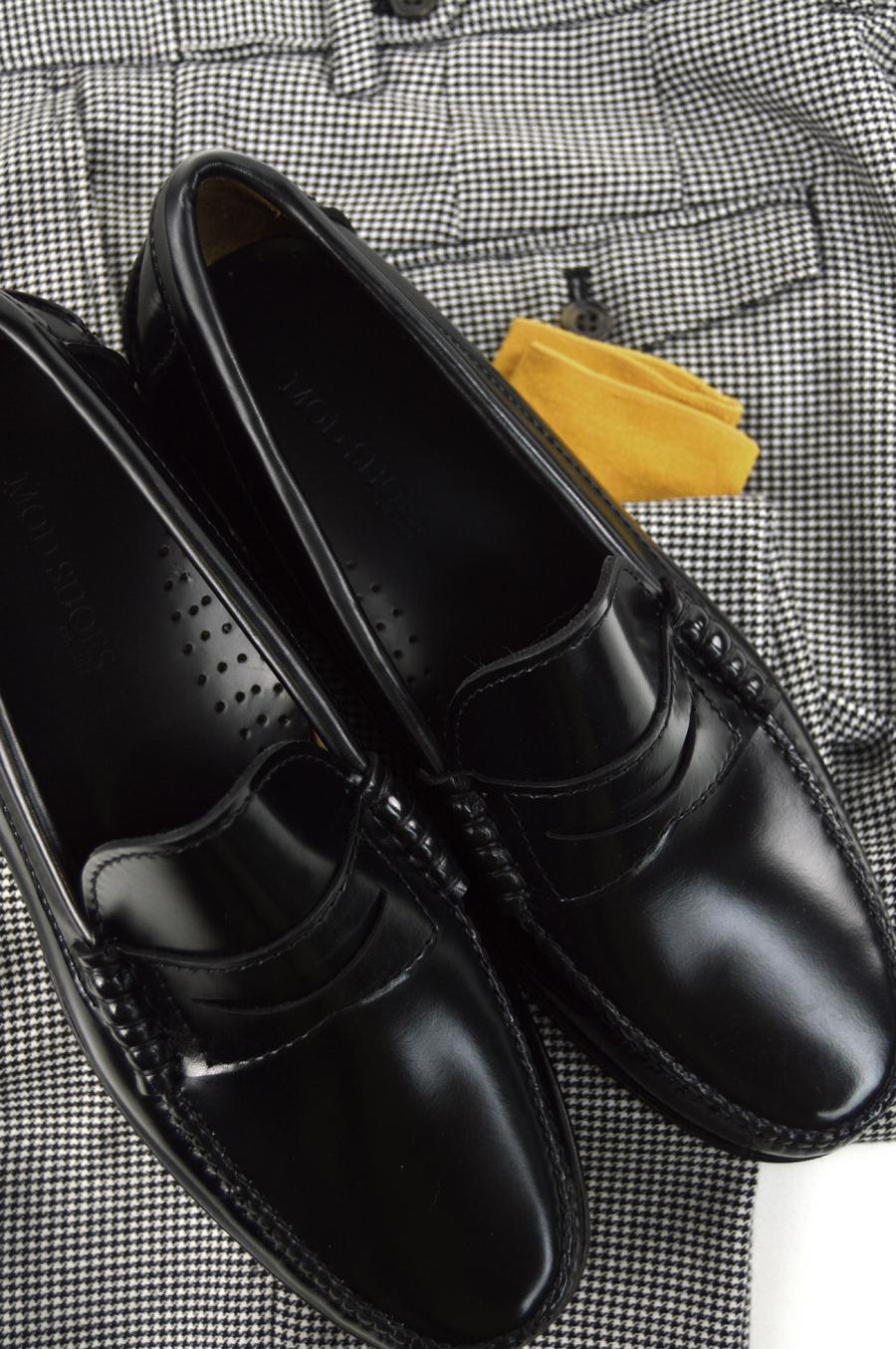 modshoes-black-loafers-buckle-tassel-jan-2017-18