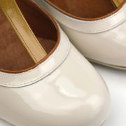 modshoes-miss-molly-ivory-and-coffee-cream-vintage-retro-50s-style-shoes-01