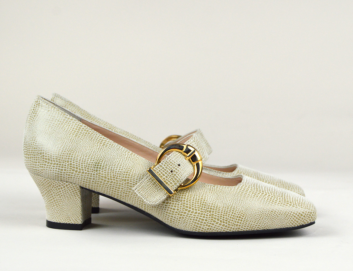 f386623ef45 The Lola In Cream Textured Effect Patent Leather - Mary Jane 60s Style  Ladies Shoes By Modshoes