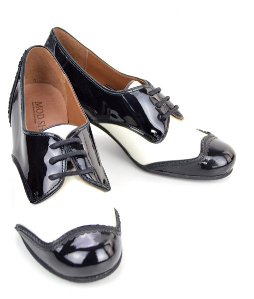 modshoes-the-sally-ladies-retro-vintage-shoes-in-black-and-white-patent-leather-02