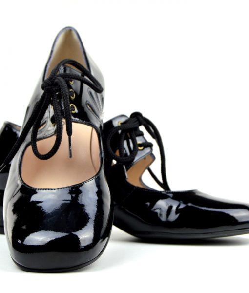 modshoes-the-marianne-60s-70s-retro-vintage-block-heel-ladies-shoe-black-patent-02