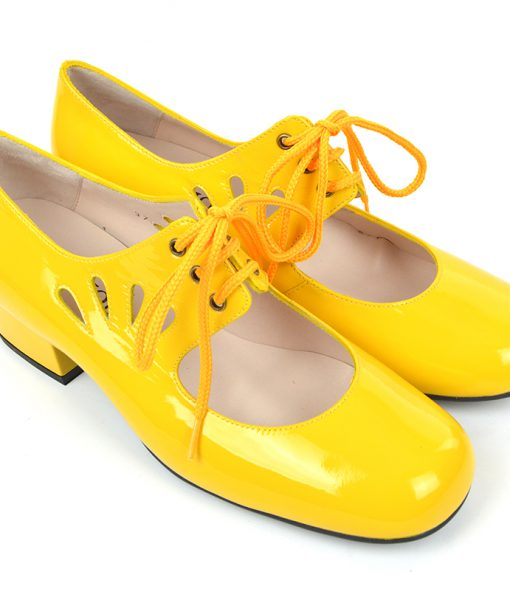 modshoes-ladies-vintage-style-shoes-the-marianne-in-sunflower