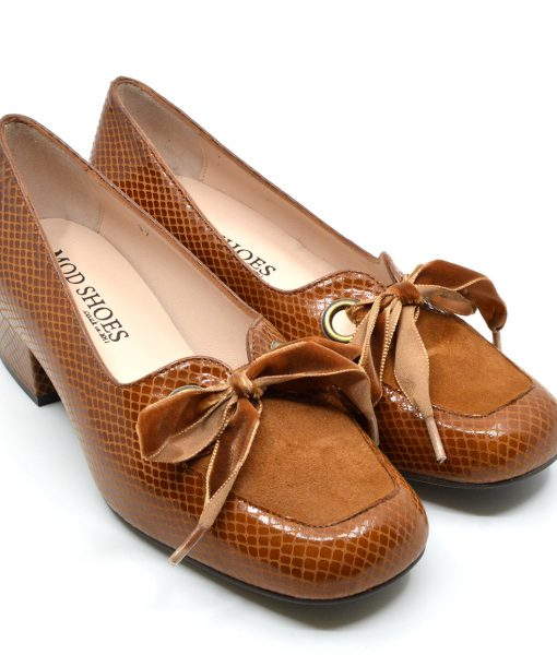modshoes-ladies-vintage-retro-style-60s-shoes-The-Nina-in-Salted-Caramel-04