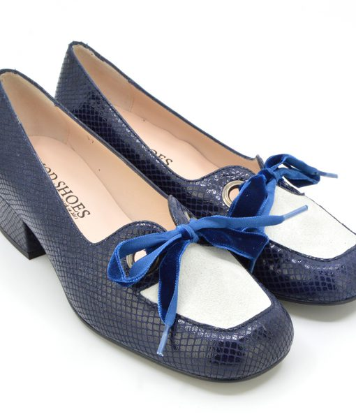 modshoes-ladies-vintage-retro-style-60s-shoes-The-Nina-in-blue-white-03