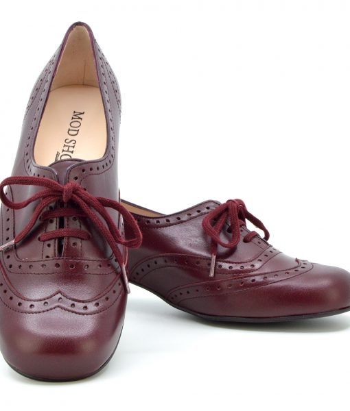 modshoes-ladies-vintage-retro-style-60s-shoes-brogue-the-faye-in-oxblood-01