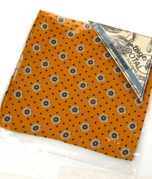 modshoes-mod-pocket-square-gold-pattern-01