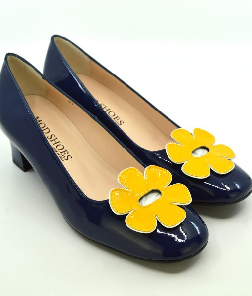 modshoes-the-fleur-navy-blue-and-yellow-flower-retro-vintage-60-style-ladies-shoes-01