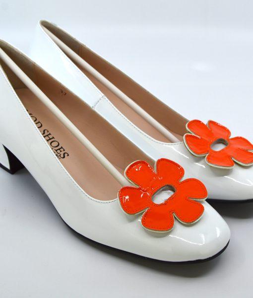 modshoes-the-fleur-orange-white–flower-retro-vintage-60-style-ladies-shoes-01