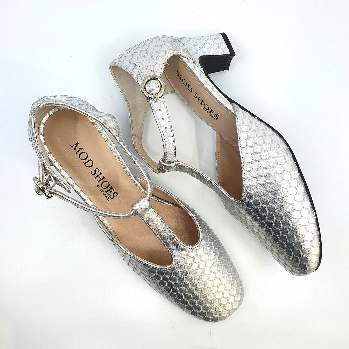 Silver Pattern Leather – Ladies