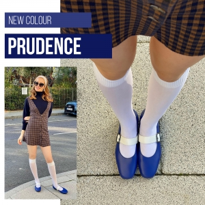 The Prudence – Ladies Flat Retro Vintage 60's Twiggy Style in Blue & Cream
