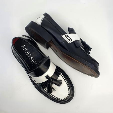 modshoes-ladies-tassel-loafers-in-black-white-two-tone-ska-mod-03
