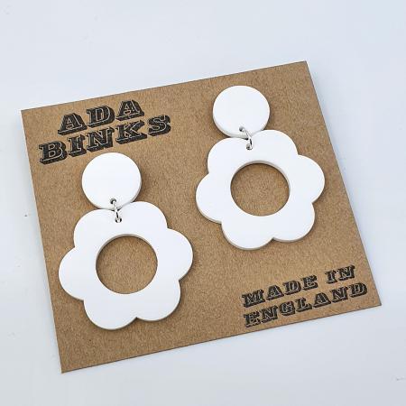 modshoes-ada-binks-white-Pippa-Petal---60s-Mod-Style-Earrings-01