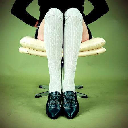 modshoes-ladies-vintage-retro-style-knee-high-socks-potasio-02