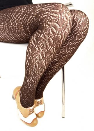 modshoes-ladies-vintage-retro-style-tights-chocolate-1290-01