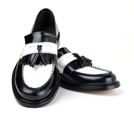 modshoes-two-tone-black-and-white-leather-tassel-loafers-mod-ska-skinhead-rockabilly-ladies-08