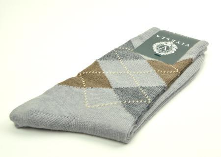modshoes-light-gray-argyle-socks-01