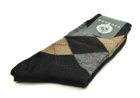 modshoes-black-argyle-socks-01