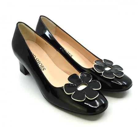 modshoes-the-fleur-black-flower-retro-vintage-60-style-ladies-shoes-01