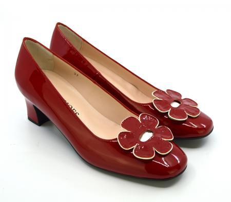 modshoes-the-fleur-red-flower-retro-vintage-60-style-ladies-shoes-01