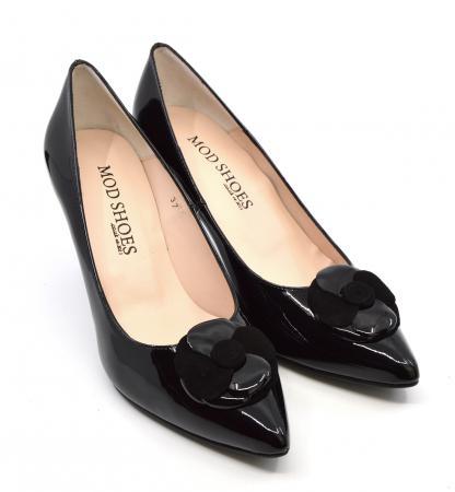 modshoes-the-vivienne-black-and-suede-ladies-retro-vintage-stiletto-heels-01
